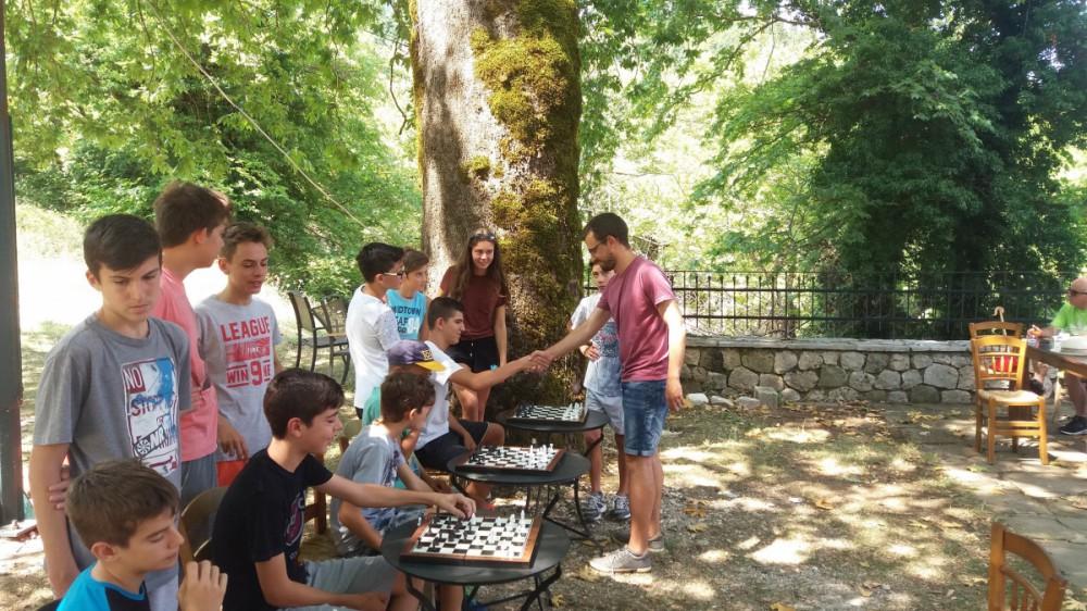 Επίδειξη σκάκι